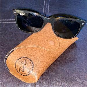 Authentic, polarized, Ray Ban sunglasses.